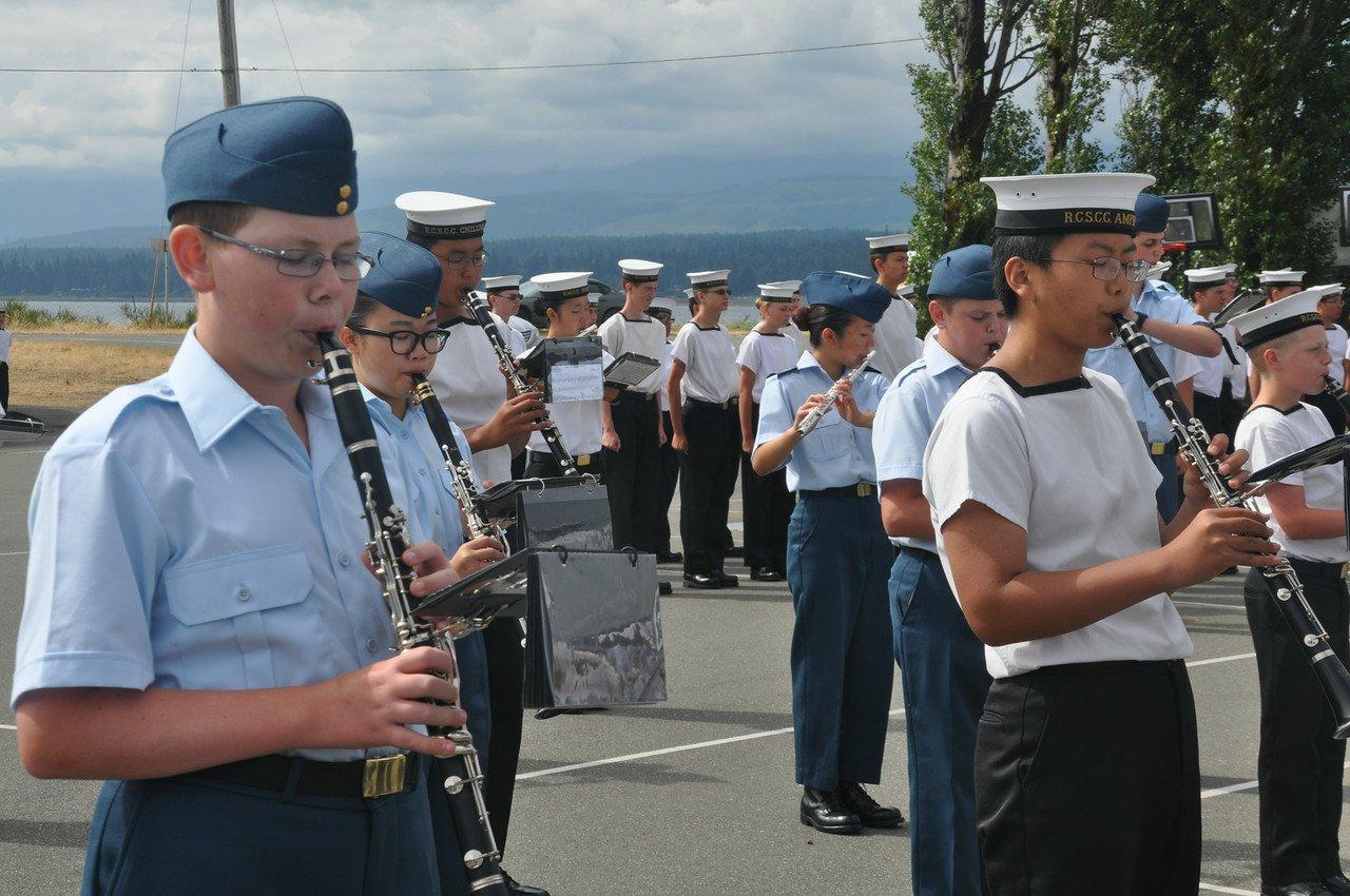 Quadra Basic band